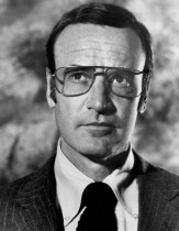 Richard_Anderson_as_Oscar_Goldman